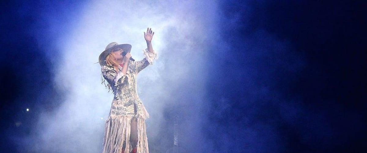 Watch Gaga: Five Foot Two