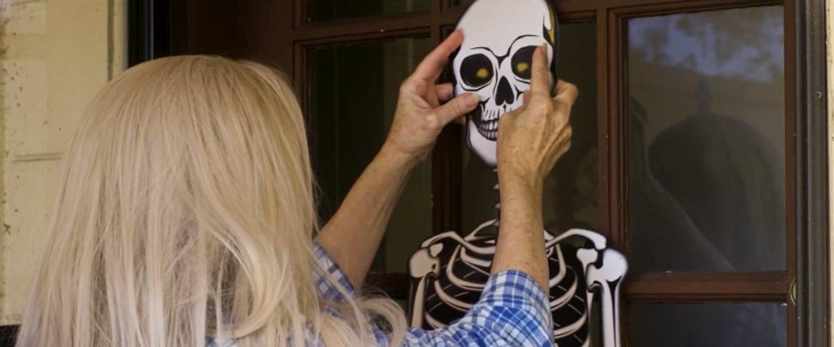 Watch Halloween At Aunt Ethels