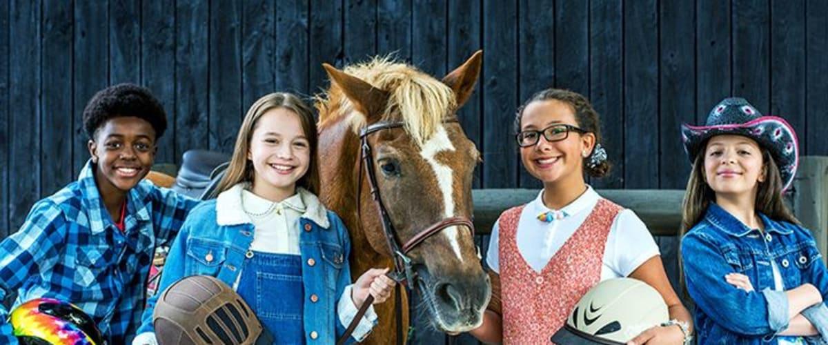 Watch Ponysitters Club - Season 1